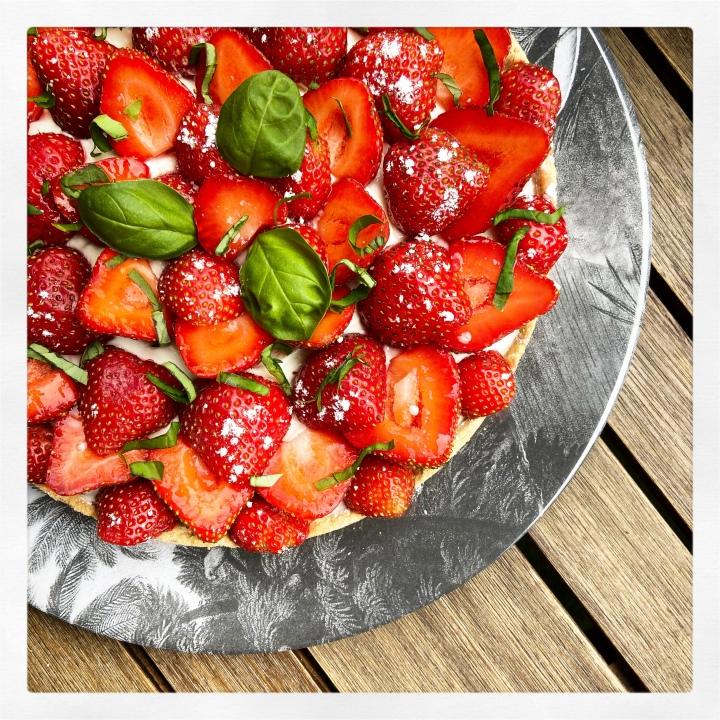 Tarte aux fraises etbasilic